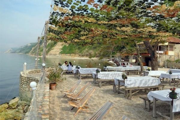 Așa arată restaurantul specializat în midii de la Dalboka, Bulgaria