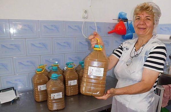 Braga produsă la Galați se vinde și în hypermarketuri din București