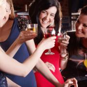 E bine sau periculos să consumăm băuturi alcoolice digestive imediat după masă? Mit versus adevăr