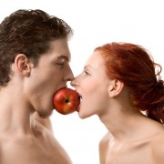 Riscurile de a urma o dietă înainte de a deveni părinți. Schimbarea bruscă a alimentației nu va avantaja sarcina