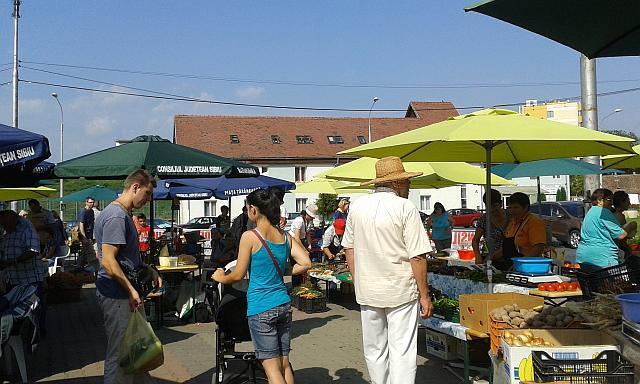 piata taraneasca din Sibiu
