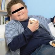 Atenție, părinți! Copiii pot să devină supraponderali din cauza unor greșeli banale de alimentație