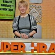 """Dr. Simona Tivadar: Aș vrea să se șteargă din DEX verbele """"a ciuguli"""" și """"a ronțăi"""". Aceste obiceiuri românești sunt…"""