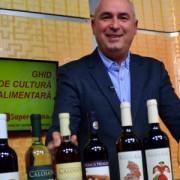 """VIDEO: Care vin este mai bun: cel """"de ţară"""" sau cel din comerţ?"""