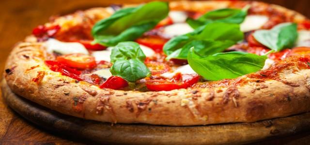 STUDIU DESPRE PIZZA CONGELATĂ:  81% din sortimentele de pizza conțin aditivi alimentari