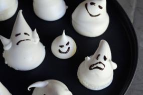 emoji-meringue-ghosts-su