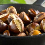 Consumați castane! Sunt fructe de sezon, sănătoase și gustoase