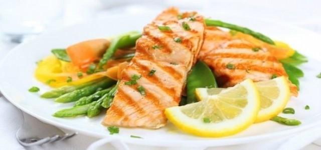Rețete cu PEȘTE la cină. Cori Grămescu recomandă somonul în zilele cu Dezlegare la pește