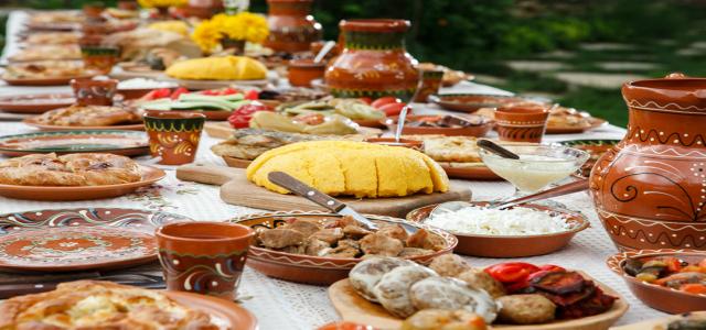 Mon Paris sărbătorește românește! Idei de meniu pentru 1 DECEMBRIE
