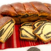 Aflaţi povestea Cozonacului Domnesc, produsul din Moldova atestat tradiţional